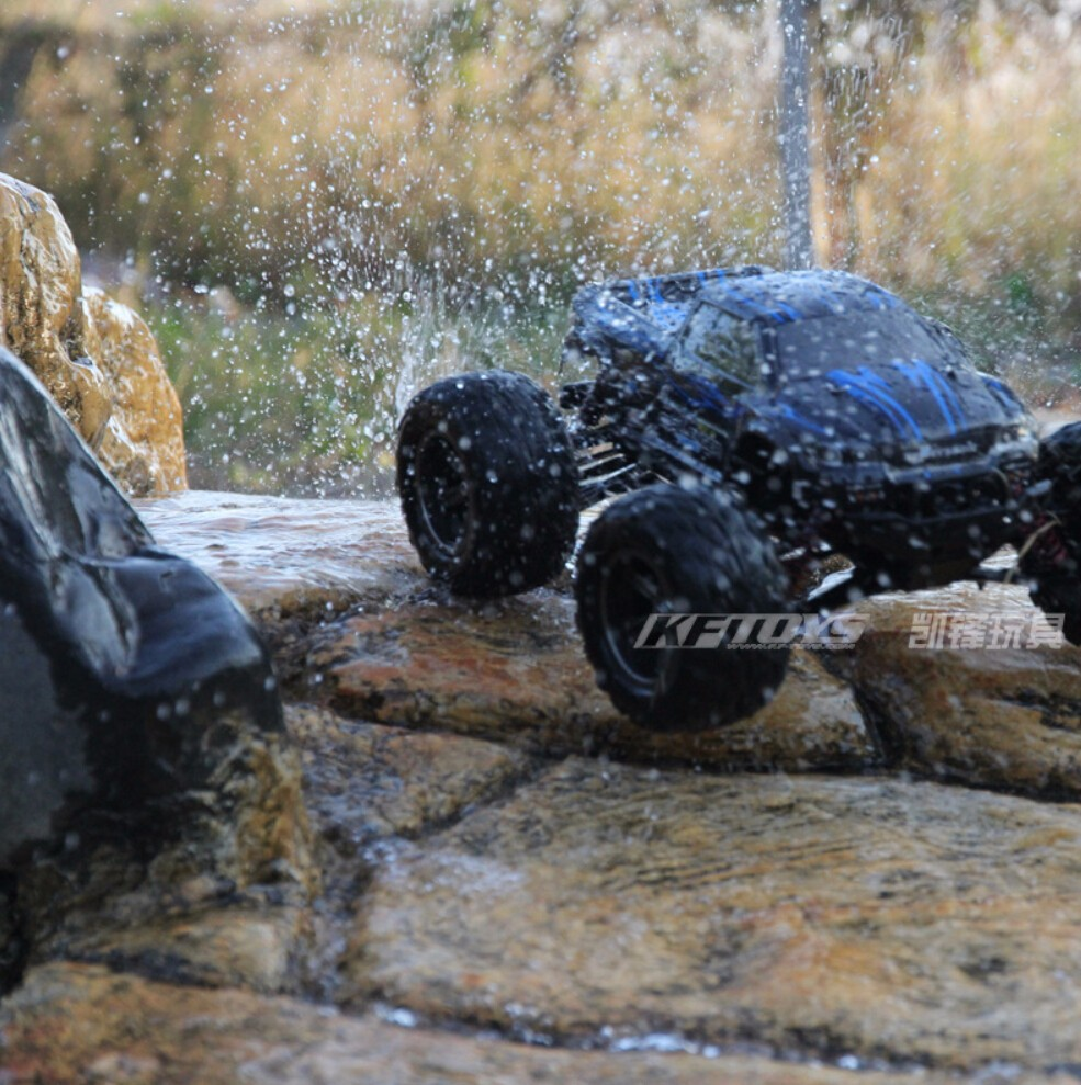 S911 Off road Big Wheels Electric RC Monster Truck High Speed 40km h Super Power Radio