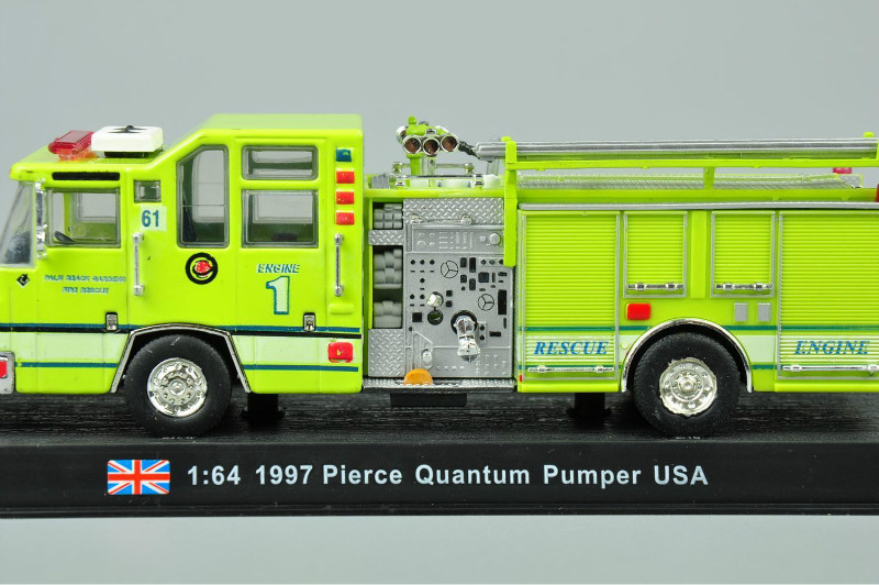 1:64 Scale Yellow 1997 Pierce Quantum Pumper USA Alloy Diecast Fire Truck Model Toys Fire Truck Collection Gift(China (Mainland))