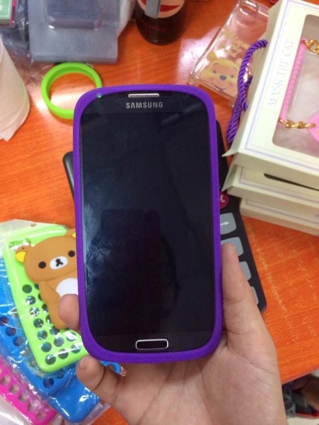 Multi functional Dustproof Rubber Bumper Luminous Fluorescent Elastic Protective Frame Case For Universal Phone Fashion Bracelet(China (Mainland))