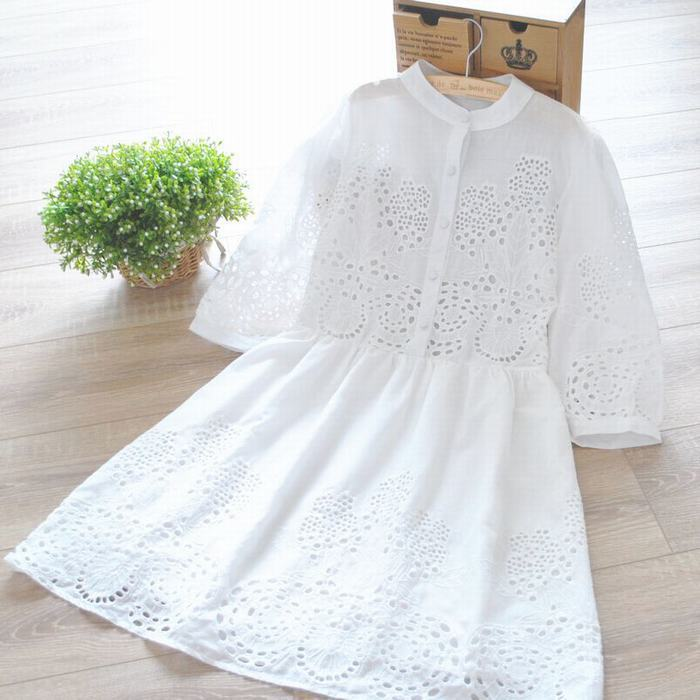 2014 new arrival white cotton hollow out decoration fresh women dress Free shipping(China (Mainland))