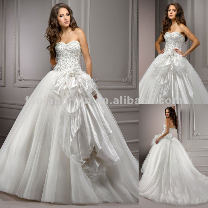 2013 Newest Style Gorgeous Sweetheart Bridal Gown Tulle Thai Wedding Dress