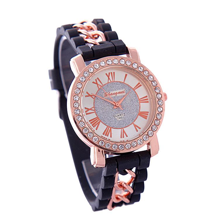 2015 New Gold Alloy Chain Geneva Arenaceous Casual Quartz Watch Women Silicone Watches Relogio Feminino Black Clock Hot Sale Red<br><br>Aliexpress