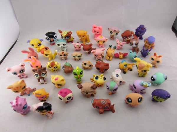 Toy bag 30Pcs/bag Little Pet Shop LPS Toys Animal Cartoon Original Action Figures Collection toys Gift for Children MagicToy0020(China (Mainland))
