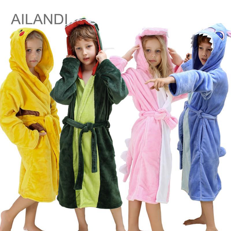 Kinder Badjas Autumn Winter Flannel Bathrobe Kids Children Nightwear Long Sleeve Thicken Boys Toweling Robe Hooded Roupao Veludo(China (Mainland))