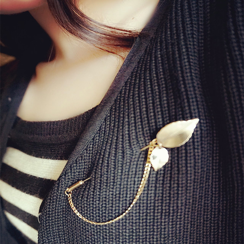 2016 New Arrival Brooches Exquisite Simplicity Leaves Shape Brooch Metals Lapel Pins Brooch for Men or Women(China (Mainland))