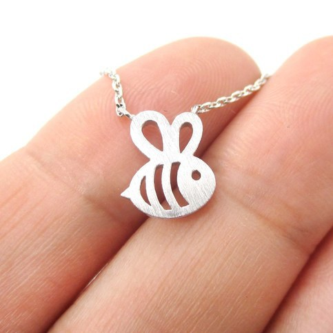 1pc Fomous Jewelry Bumble Bee Necklace Shaped Cute Insect Charm Pendant Long Necklace for women girls(China (Mainland))