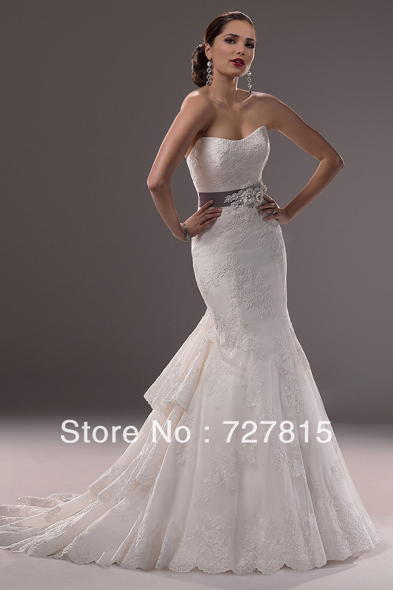 Hot sale mermaid lace wedding dress sashes colored with for Floral wedding dresses with color