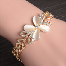 Hot Selling Unique Fashion 18K Yellow Gold Filled Shining Heart Crystal  Bracelets Free Shipping For Women(China (Mainland))