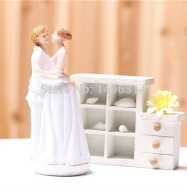Wedding Gift Ideas For Gay Couples : Fun Wedding Gift Romance Couple Wedding Cake Topper Lesbian Bride ...
