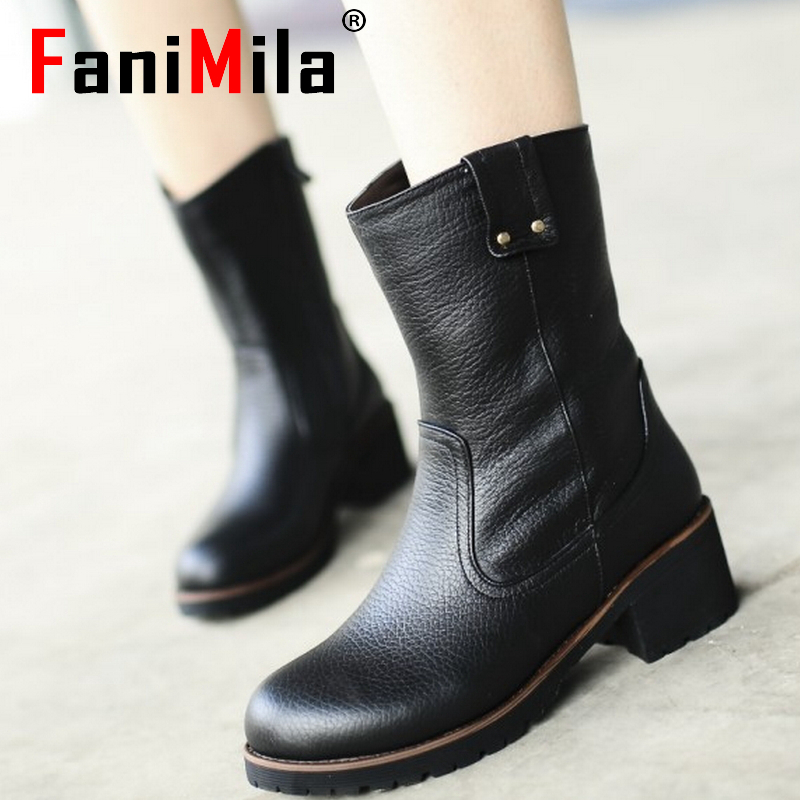women real genuine leather martin flat ankle boots half short botas autumn winter boot warm footwear shoes R7602 size 34-40<br><br>Aliexpress