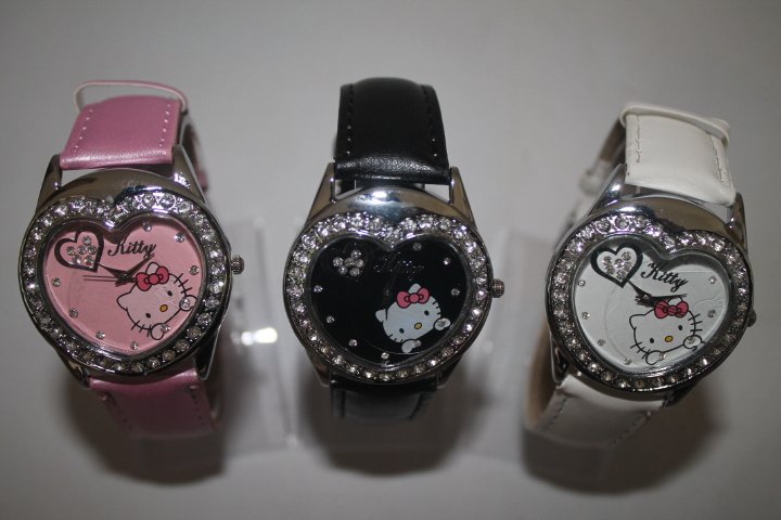 Free &amp; Drop Shipping 1piece/lot Hot pink Fashion Hello Kitty Womens Girls Students Crystal Brand Quartz Wrist Watches<br><br>Aliexpress