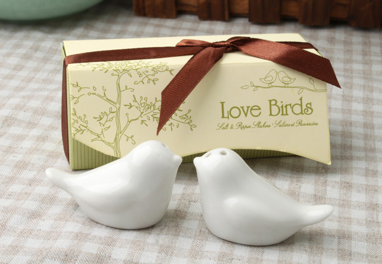 salt and pepper birds/Newest wedding favors 100sets=200pcs love bird salt pepper shaker Wedding gift Ceramic gift/A(China (Mainland))