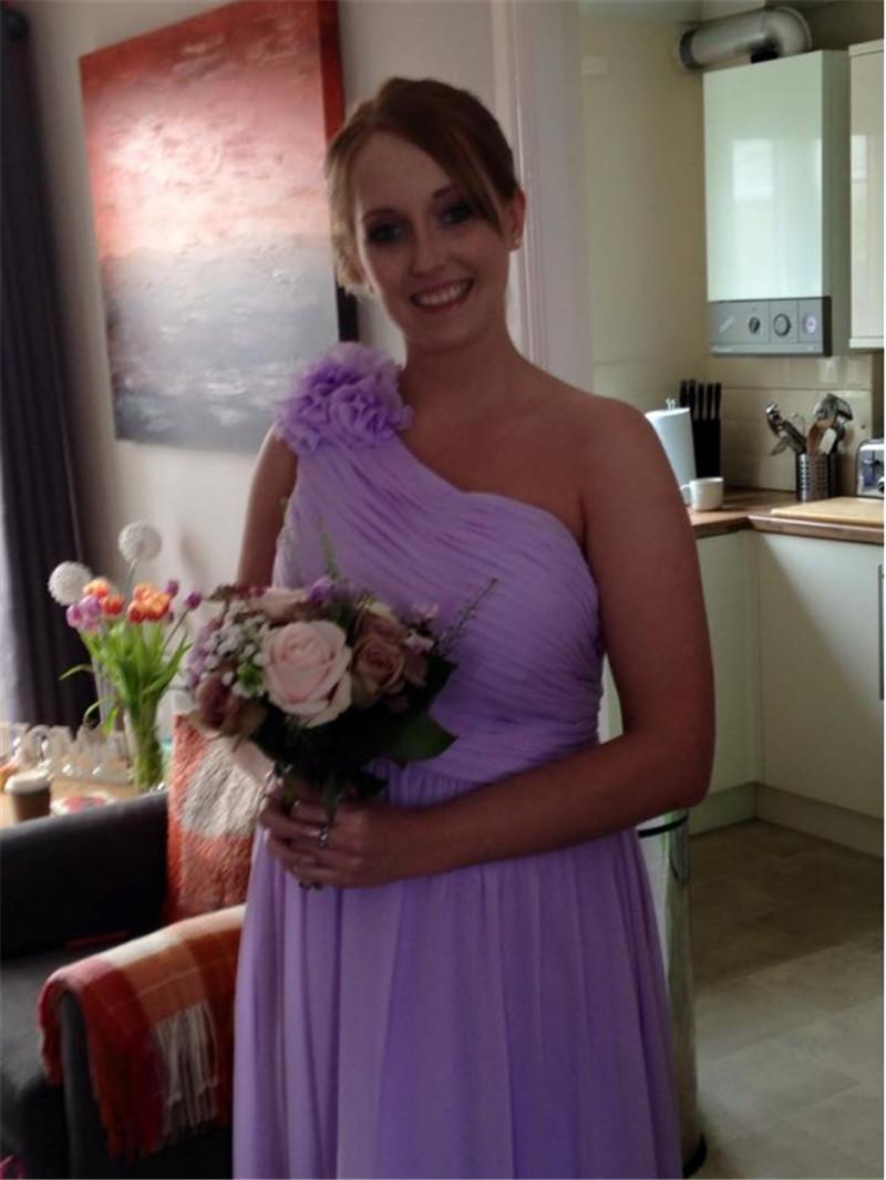 New modern wedding dresses: Lilac beach bridesmaid dresses