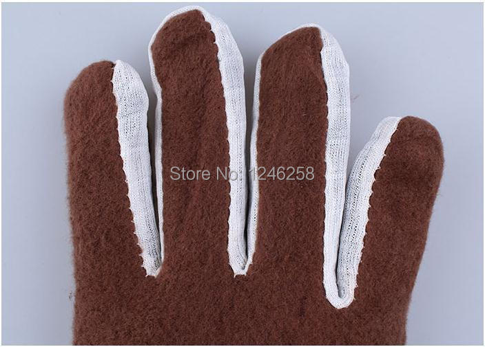 winter thick gloves.jpg