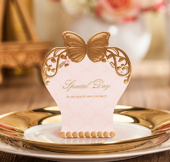 Romantic Candy Box Elegant Heart Luxury Decoration Paper Flower Bride Laser Cut Party Sweet Wedding Favors and Gift Bag(China (Mainland))