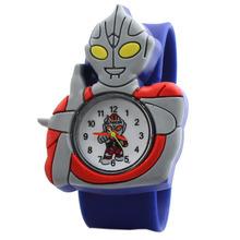 7 colores nueva venta caliente electrónicos digitales niños del cuarzo del silicón Ultraman Tiga superman Cartoon reloj del reloj con caja de reloj W157703