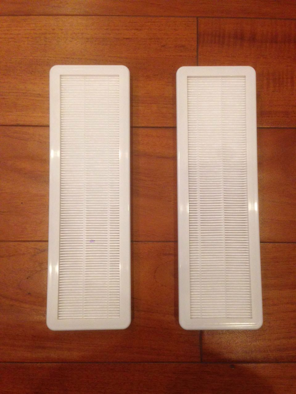 2PCS HEPA Filters FIT for HOOVER Self-Propelled WindTunnel Upright Vacuums(China (Mainland))