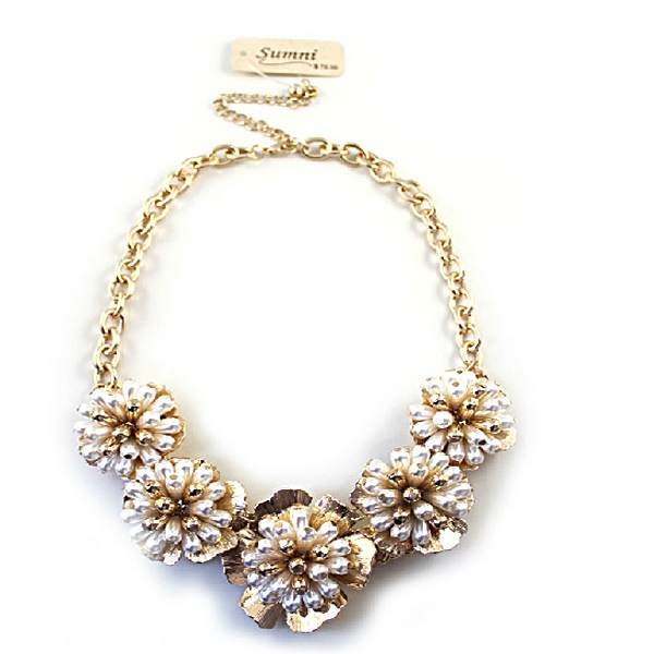 European style romantic Vienna artificial pearl gold-plated three-dimensional flowers short necklace su106(China (Mainland))