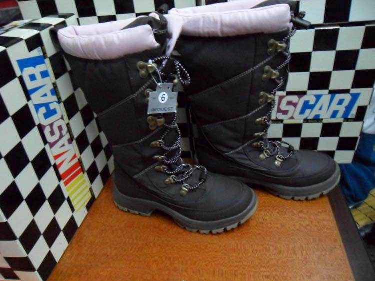 Skiing boots cold thermal waterproof gaotong warm snow boots lovers boots(China (Mainland))