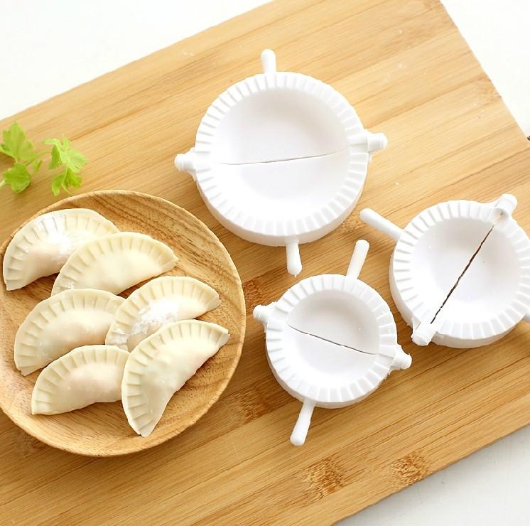 3pcs Press Ravioli Dough Pastry Pie Dumpling Maker Gyoza Empanada Mold Mould Tool 3 Size Easy Eco Friendly Dumpling Mould(China (Mainland))