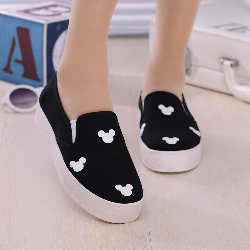 2016 New Woman Causal Shoes Spring Fashion Platform Flat Canvas Shoes Carton Mickey Lazy Slip on Shoes Black Blue(China (Mainland))