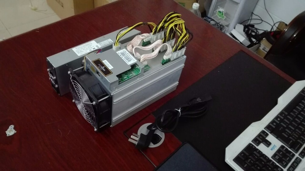 Antminer S7 Bitcoin miner 4.73T BTC Mining machine 4730G include power supply Better than antminer S3 S5 S7 AND avalon A6(China (Mainland))