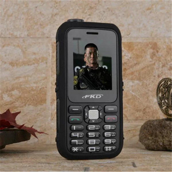 2015 NEW Original Power Bank Cell Phone A8000 Big Battery Loud Speaker Flashlight Outdoor Military Phone Russian Arabic A9000(China (Mainland))