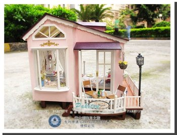 2013Hot sale diy doll house,wooden dollhouse,educational toy,Honeymoon in Italy
