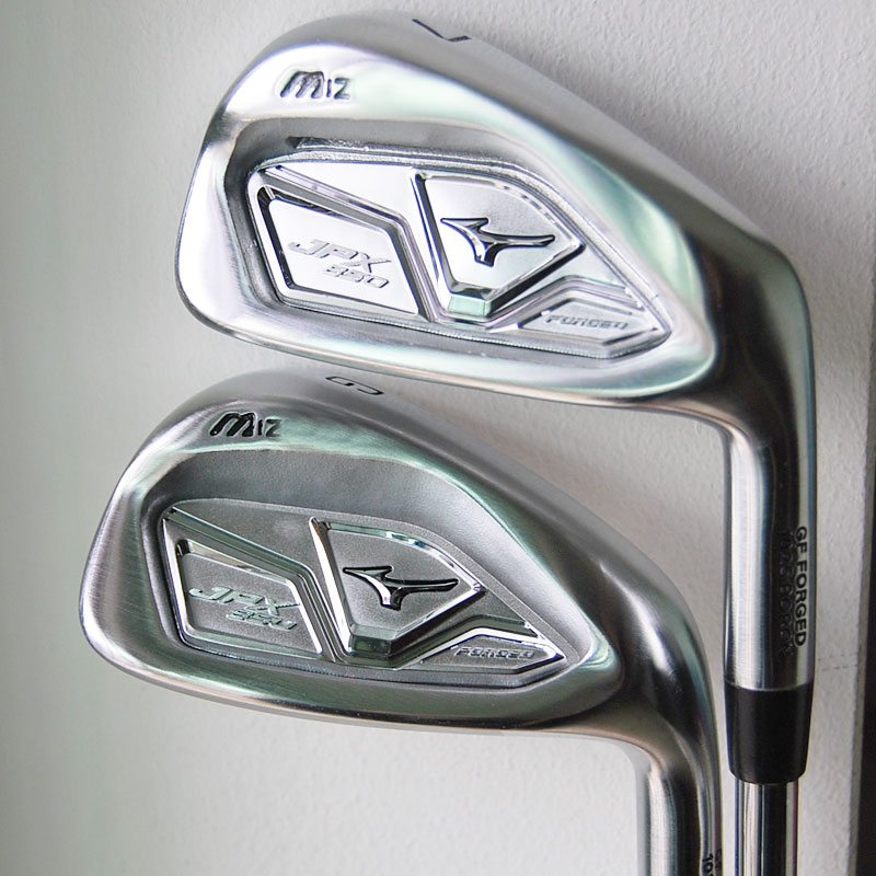 New Golf clubs JPX850 Golf irons set 4-9.P.G Steel shaft Golf grips Irons clubs Free shipping(China (Mainland))