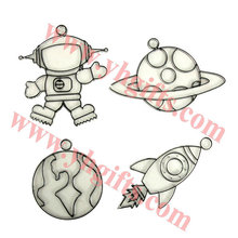 12PCS/LOT.Paint unfinished outspace sun catcher,Kids toys,15.5x7cm.Drawing toys.Hobby.Creative.Wholesale.Freeshipping(China (Mainland))
