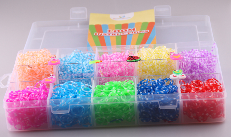 Storage box Rubber Loom Bands Kit for Kids & Adults 2200pcs colorful bands1 hook+1 loom+48 clips+6 charm rubber  band set(China (Mainland))