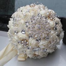 Main Top Qualité Perlée Broche Mariée En Soie De Mariée Bouquet De Mariage de Demoiselle D'honneur L'europe Nous Ivoire Fleur Artificielle Accepter Personnalisé(China (Mainland))