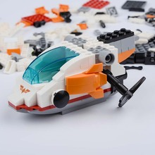 ABS Plastic DIY Building Brick Toy Assembly Self-locking Bricks Attack Helicopter Minifigure Creative Toys for Children