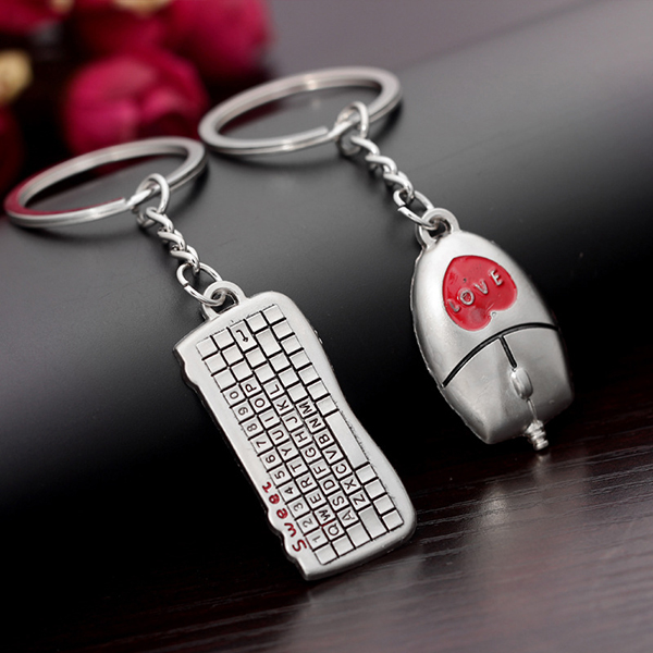 Korean Unigue Fashion Design Keyboard and mouse gifts for men keyrings woman handbag keychain for car Gift Holde(China (Mainland))