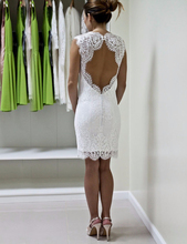 White Lace Short Wedding Dresses Sexy Open Back Sheath Knee Length Lace Bridal Dress Vestido De Noiva Curto(China (Mainland))