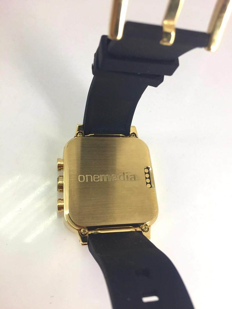 ถูก จีพีเอสsmart watchโทรศัพท์ด้วยจอแสดงผลแบบสัมผัส/5mpกล้อง/3กรัมโทรศัพท์นาฬิกา/เอชแอลจัดส่งฟรี