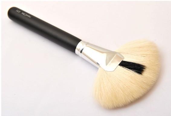 fan face brush goat hair large paint singel - Mint Leaf Beauty Shop store