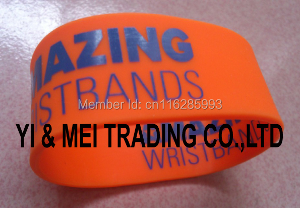 Silicon wristband/rubber bracelets,cheap promotional gifts,debossed and embossed and printing logo for you(China (Mainland))