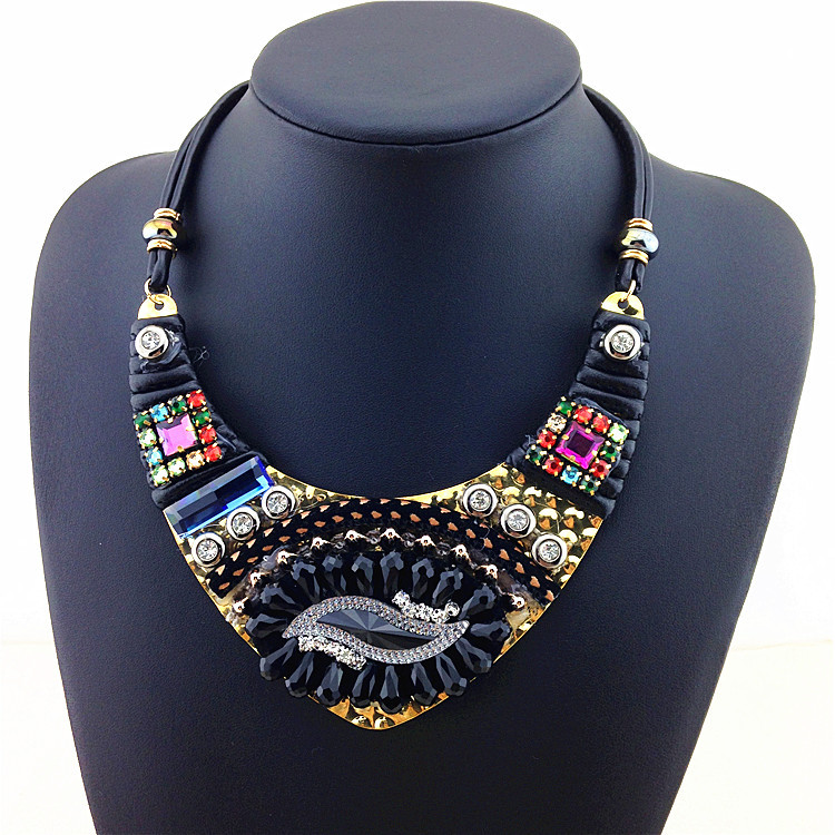 2015 New Design Elegant Fashion Necklace Ethnic Style Vintage Colorful Statement Necklaces & Pendants Women Sweater Accessories(China (Mainland))
