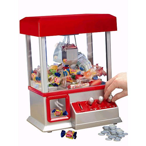 The Electronic Claw Game toy grab win candy gum and small toys console flashing sounding Put in the COINS candy arcade kids gift(China (Mainland))