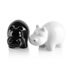 2pcs Black White Cute hippos Porcelain Salt & Pepper Shaker Set Spice Storage Cruet Condiment Ceramic Set New Brand(China (Mainland))