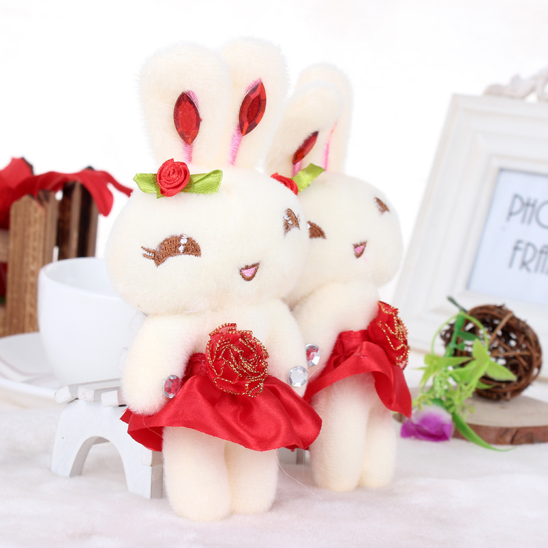 Wholesale Promotional gift plush toys doll rabbit with flower wedding bouquets material 12cm 20pcs/lot(China (Mainland))