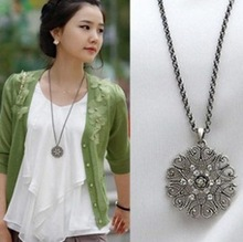 Buy 2016 Korean Version New Retro Style Collares Fashion Lady Flower Crystal Necklace Long Chain Black Silver Jewelry Gift for $1.05 in AliExpress store