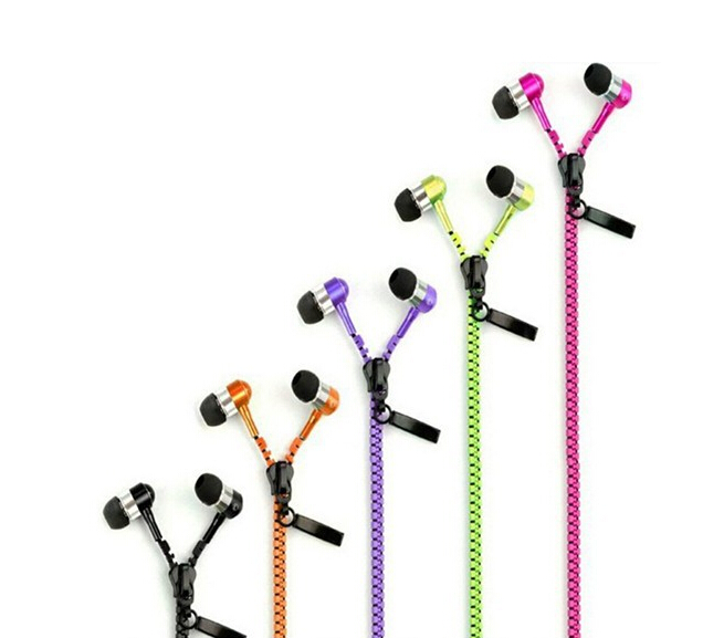 Free shipping Standard Stereo Bass Headset In Ear Zipper Earphones 3.5mm with Mic MP3 MP4MP5 phone earphone for all phone()