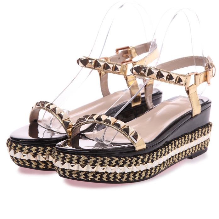 Brand design 2016 Women Fashion Gold Rivet Buckle Peep Toe Straw Heel Flat Sandals Sweet Preppy Beach Rome Sandals<br><br>Aliexpress
