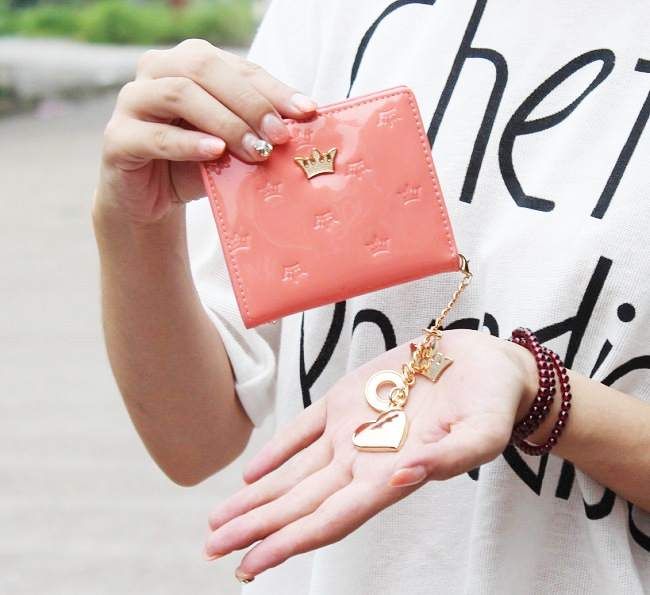 Fashion Slim Mini Women Wallet PU Leather Candy Color Short Design Wallets Lady Crown Embossed Change Purse Cute Coin Case Purse(China (Mainland))