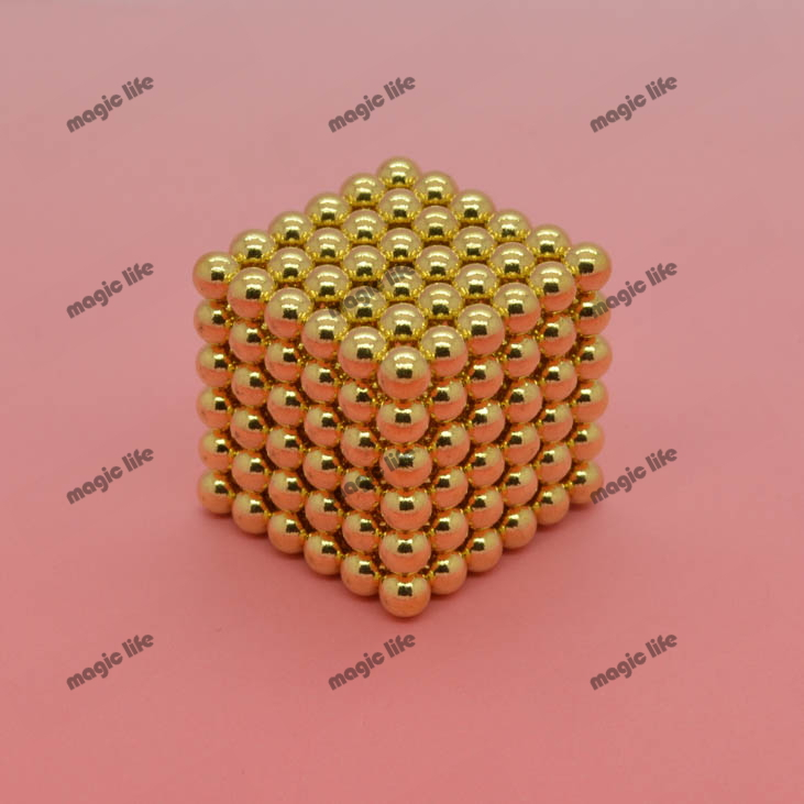 Hot sale size: D4mm 216pcs each set with metal box Buckyballs Neocube Magnetic Balls neodymium color: gold 10sets each lot(China (Mainland))