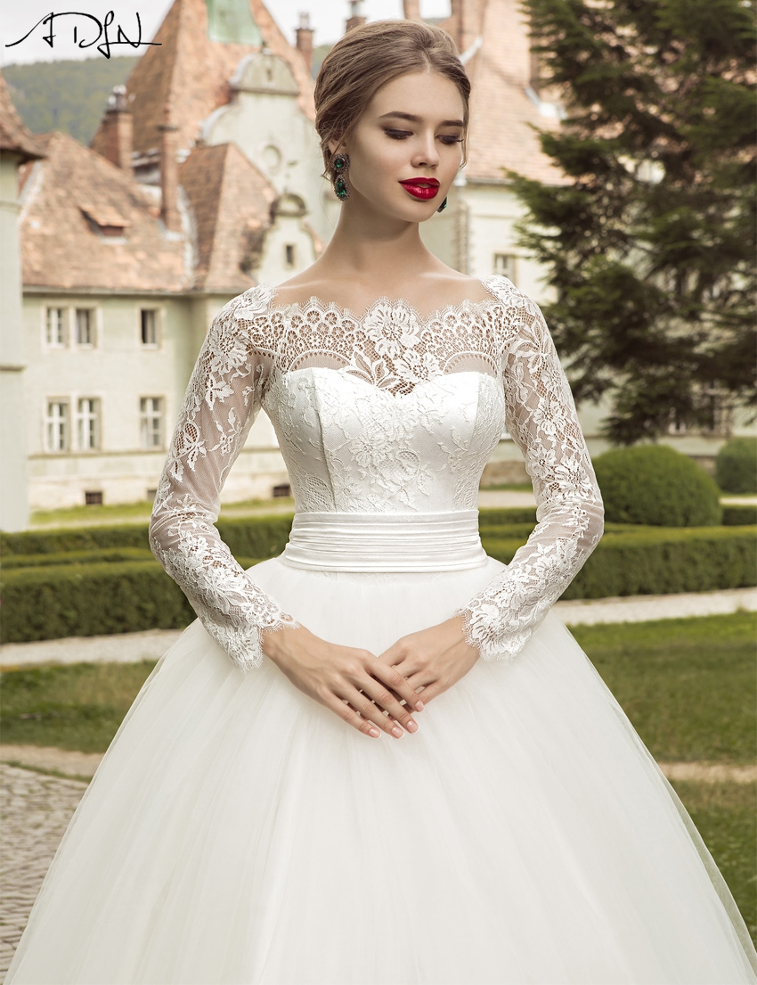 ADLN 2017 Elegant Long Sleeve Wedding Dress Ball Gown Garden Lace Applique Bridal Wedding Gown Cheap Design(China (Mainland))