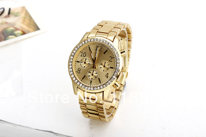 The noble fashion of the golden stainless steel quartz watch, watch case on diamonds, delicate manufacturing, hot selling watch(China (Mainland))