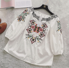 Ethnic Embroidery Blouse Women round Neck Embroidery Tops Female Japanese Style Tassel Lace Decoration White Shirt G331